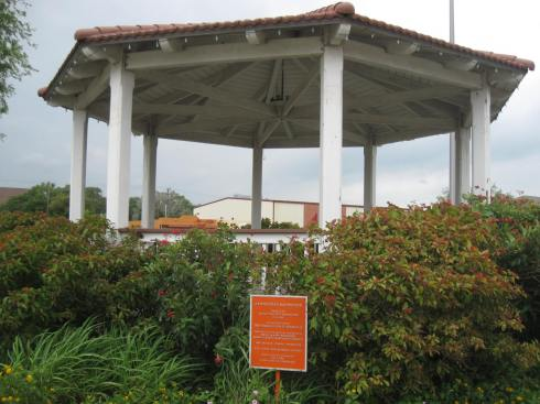 Photo by H.S. Cooper © Kingsville Bandstand
